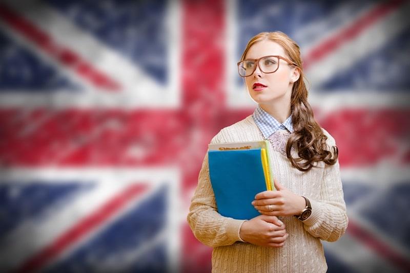 ما يجب عليك معرفته للدراسة في المملكه المتحدة بريطانيا انجلترا