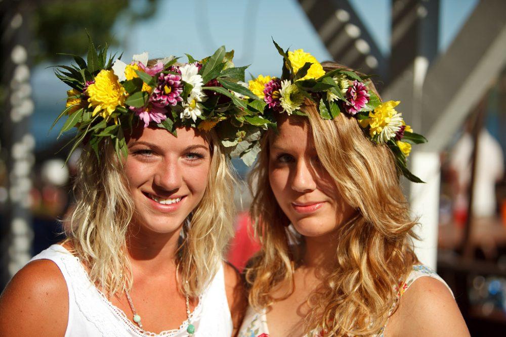 مميزات الزوجه السويدية نصائح لمواعدة نساء السويد لماذا النساء من السويد جميلات جدا